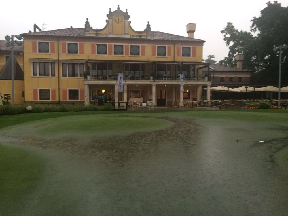 Flooding at Golf della Montecchia near Padua