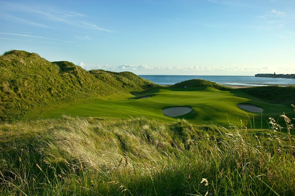 The par-three 11th at Lahinch.