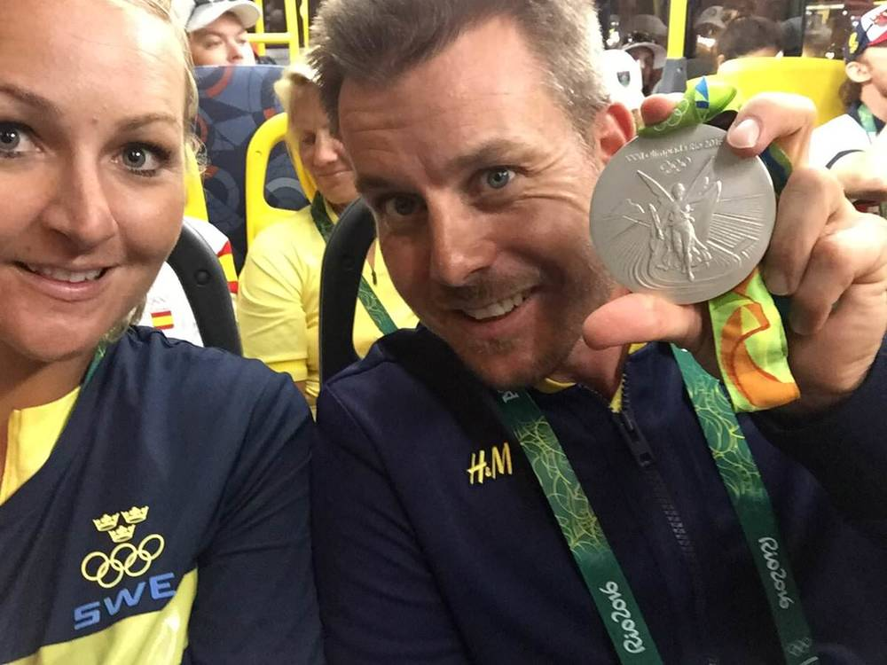 Henrik Stenson with his Olympic silver medal
