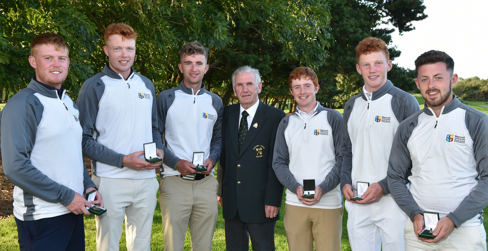 Albert Lee (Hon Secretary, GUI) pictured with the winning Maynooth University teams (from left) Eanna Griffin (Waterford), Robin Dawson (Tramore), Sean Flanagan (Co Sligo), Ronan Mullarney (Galway), John Murphy (Kinsale) and Liam Grehan (Maynooth) at the 2016 Irish Youths Amateur Open & Irish Colleges Invitational Championship at Galway Golf Club (26/08/2016). Picture by Pat Cashman