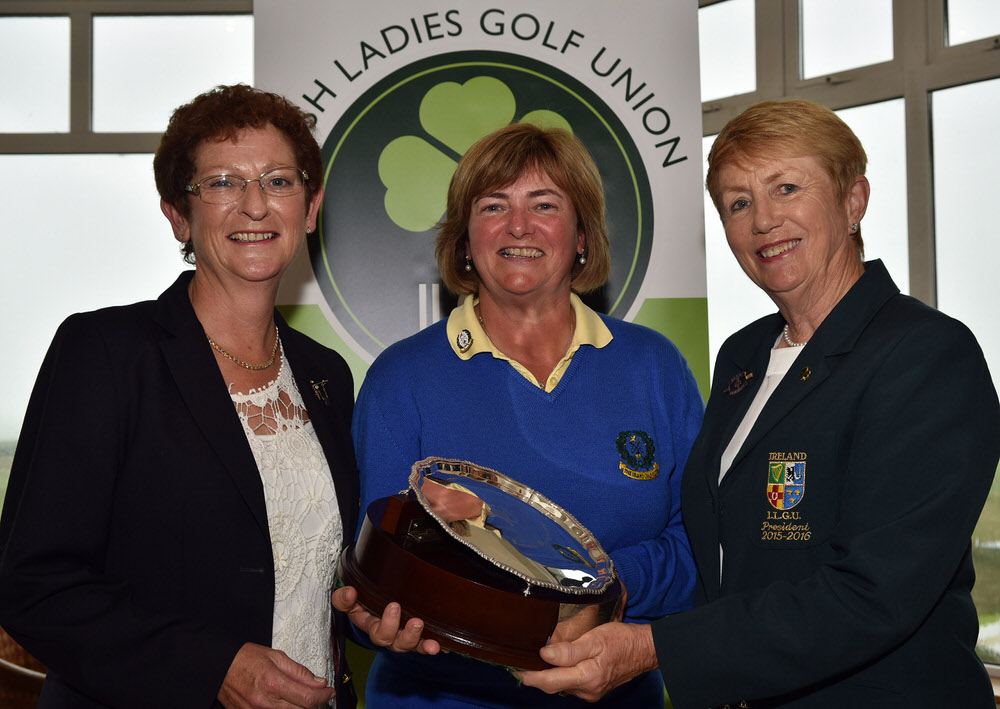 Valerie Hassett (President, ILGU) presenting Gertie McMullen (The Island) with the 2016 Irish Senior Women's Open Strokeplay trophy after her victory at Arklow. Also pictured, Martina Tancred (Lady Captain, Arklow Golf Club). Picture by  Pat Cashman