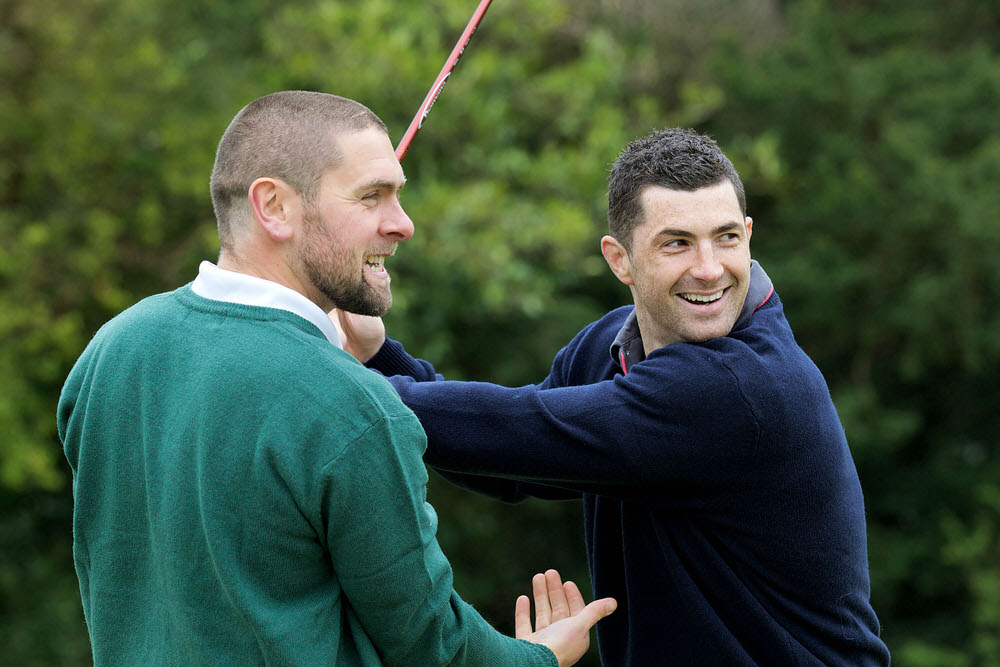 GUI National Academy professional Kenny Fahey (left) gives Rob Kearney some pointers. Rob Kearney with PGA Professional at the GUI Academy Kenny Fahey. ©Patrick Bolger Photography