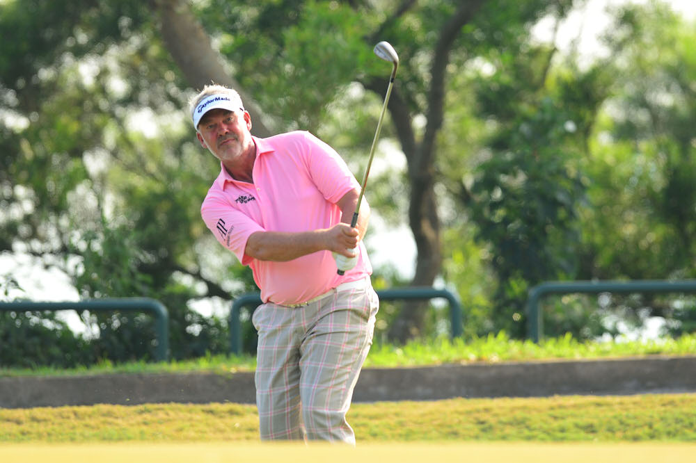 MACAO 13 October 2016 : Darren Clarke pictured during the round one of Venetian Macau Open 2016 at the Macao Golf & Country Club, Macao. Pix by Arep Kulal / IMG / Asian Tour