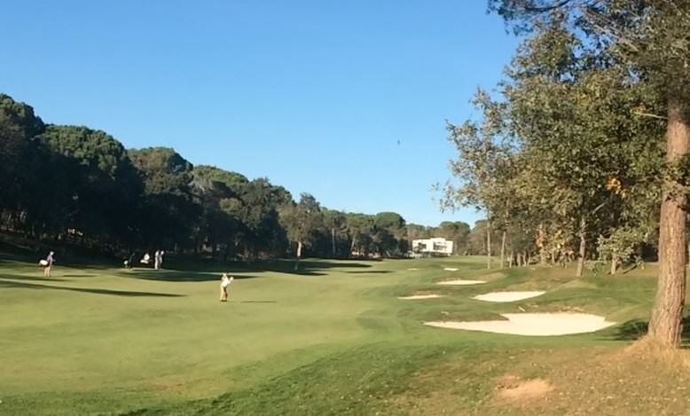 Michael Hoey plays his second to the par-five seventh in the fifth round of Q-School at PGA Catalunya Resort