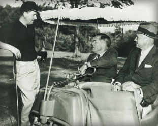 Norman with the legendary R T Bobby Jones in Atlanta, Georgia. Picture via MDGolf.co.uk