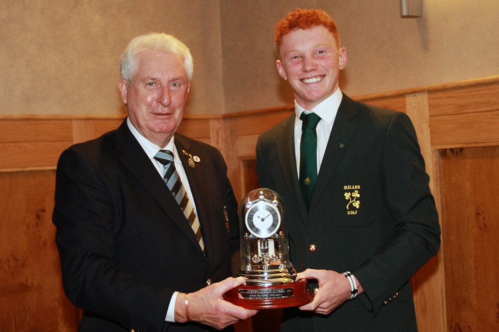 ohn Moloughney, Chairman Munster Golf presents John Murphy (Kinsale GC) with the Munster Junior Golfer of the Year Award. Picture: Niall O'Shea