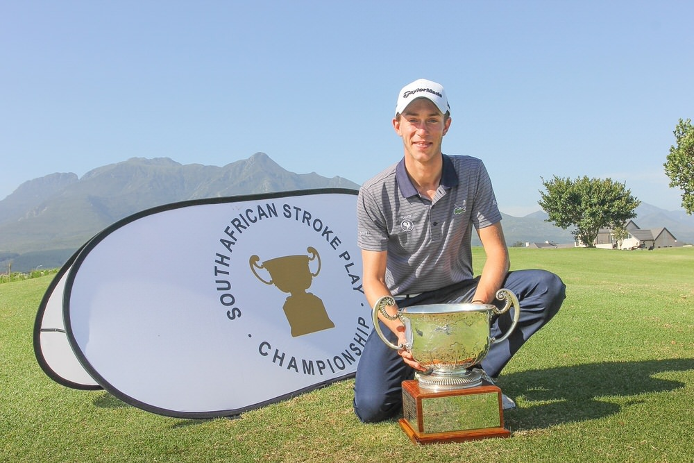 Edgar Catherine of France with the South African Amateur Open Stroke Play trophy