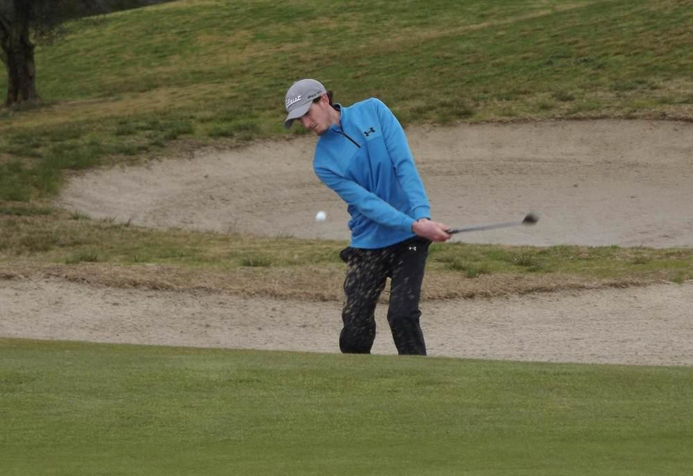 Massereene's Tiarnan McLarnon splashes out of a bunker at Montado. Picture: Federação Portuguesa de Golfe