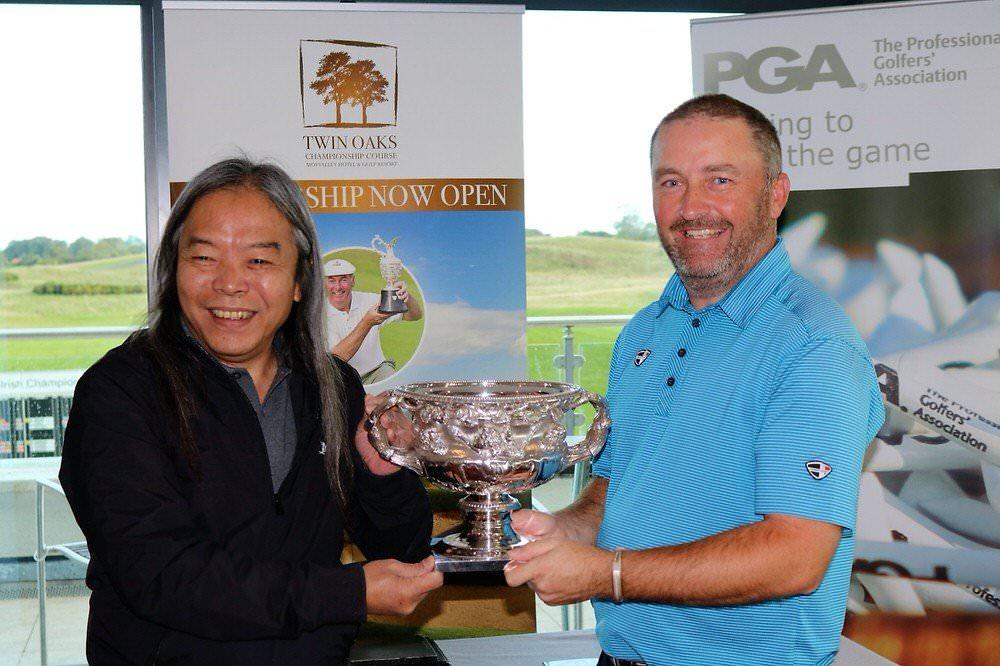 Moyvalley Hotel and Golf Resort director, Vichai Tripipatkul with 2016 Irish PGA Champion, Damien McGrane
