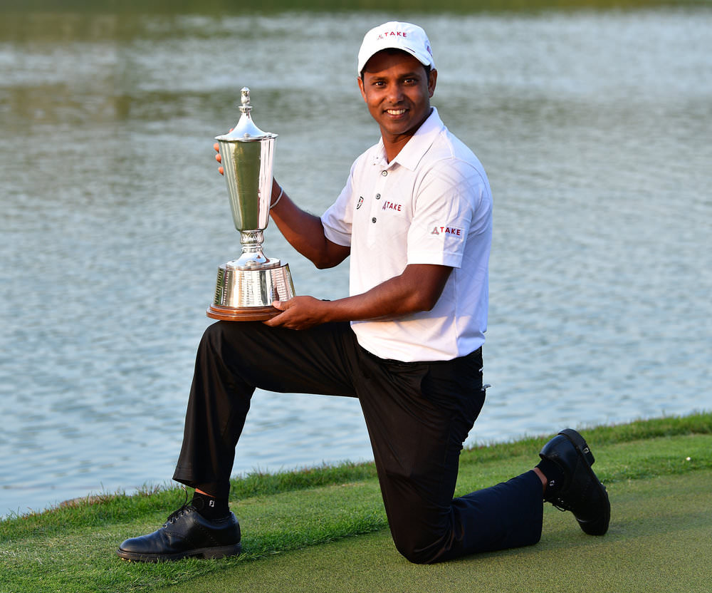 NEW DELHI, INDIA: S.S.P Chawrasia of India holds the Hero Indian Open trophy at DLF Golf and Country Club. Photo by Stuart Franklin/Getty Images