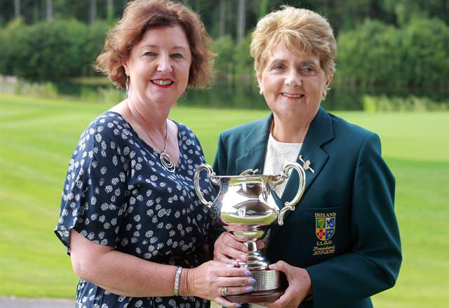 Suzanne Corcoran (Portumna) and ILGU President Vonnie Noona.Photo: Ronan Lang