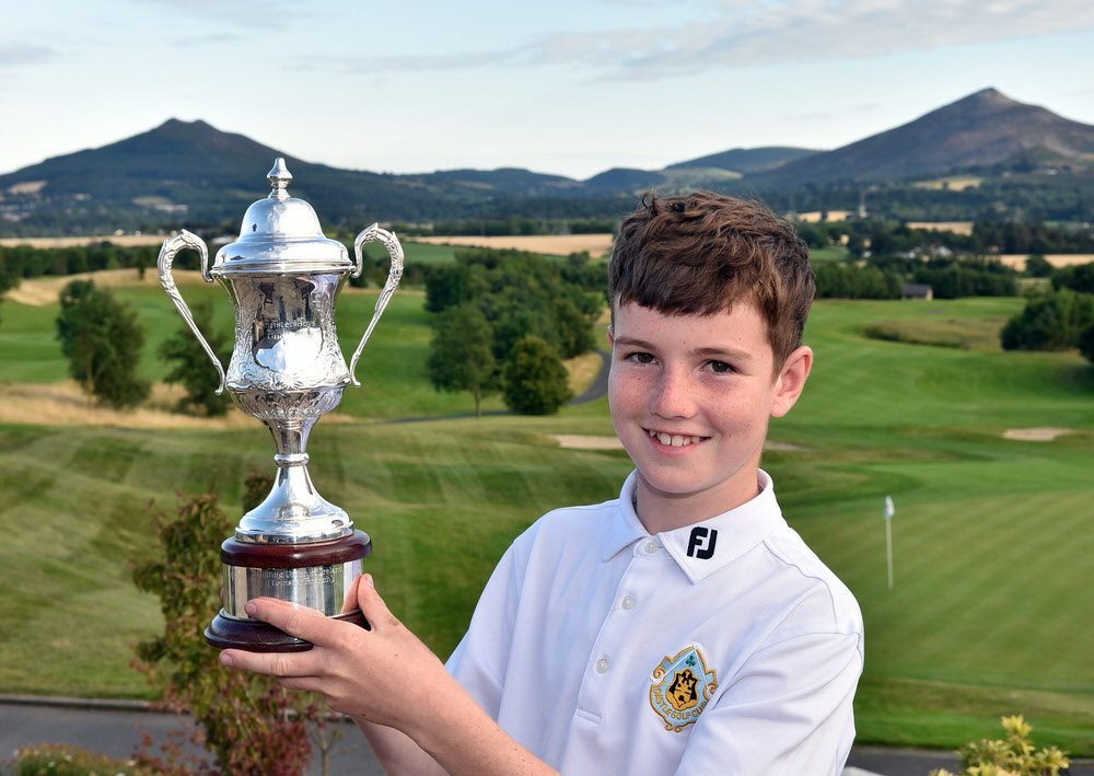 Alan Moran (Castle) with the 2017 Leinster Boys (Under 13) series trophy sponsored by Titleist Footjoy after his victory at Dun Laoghaire Golf Club (08/08/2017.) Picture by Pat Cashman