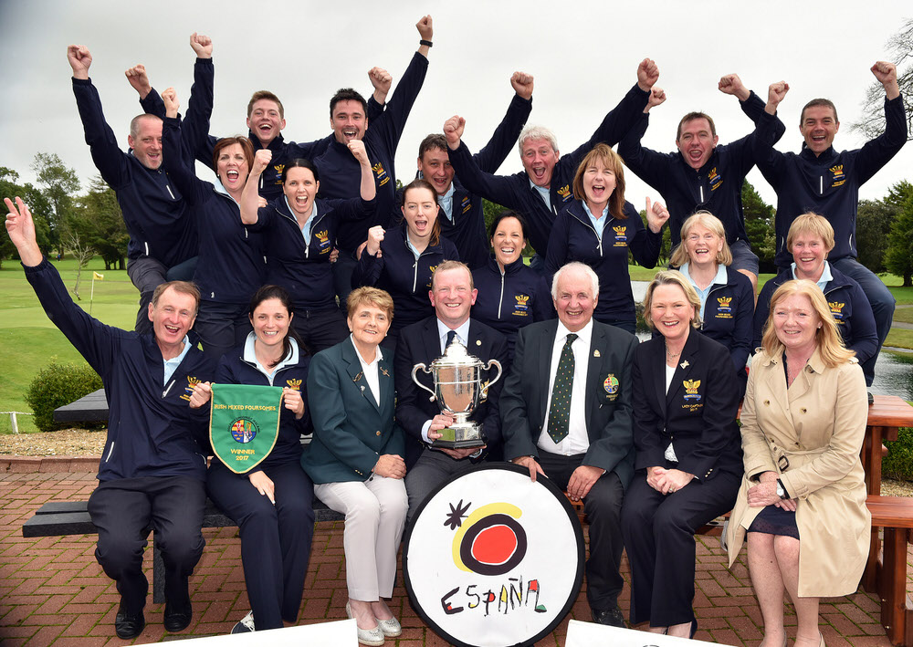 Peter Sinclair (President, GUI), Vonnie Noonan (President, ILGU), Kathryn Mac Donnell (Spanish Tourist Board) with Tony Flanagan (Captain, Tullamore Golf Club) and Olive Carragher (Lady Captain, Tullamore Golf Club) with in front (from left) Joe Morris and Una Marsden (Joint Team Managers). The victorious Tullamore Team at back (from left) Paul Galvin, Matthew Grehan, Eoin Marsden, Eoin Flanagan, Martin Darcy, Colm Cassidy and Declan Farrell. Centre (from left) Fiona Flanagan, Richelle O'Neill, Emily Donohue, Eilish O'Connell, Eileen Kinsella, Cait Cooney and Ann Wynne after their victory in the 2017 I Need Spain Irish Mixed Foursomes All Ireland Finals at Castlebar Golf Club (09/09/2017). Picture by  Pat Cashman