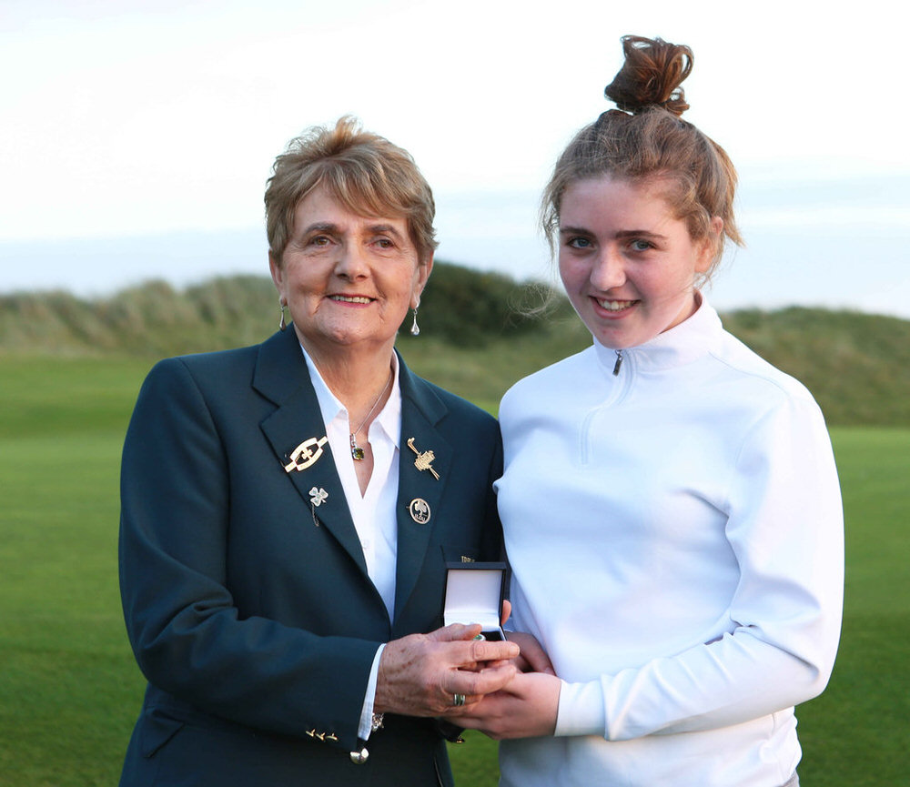 Gold Medal Winner Charlie Maxwell (Royal Curragh) with ILGU President Vonnie Noonan at the 2017 ILGU Junior Medal Final at Seapoint Golf Club, Co.Louth. image by Jenny Matthews  cashmanphotography.ie