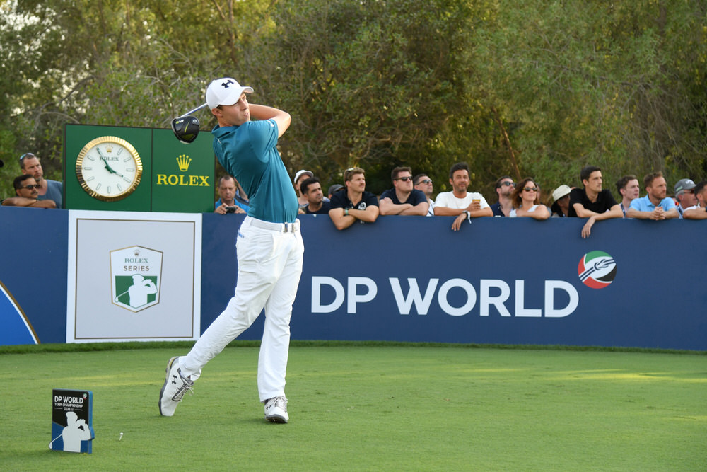 DUBAI, UNITED ARAB EMIRATES - NOVEMBER 17: Matthew Fitzpatrick of England tees off on the 18th hole during the second round of the DP World Tour Championship at Jumeirah Golf Estates on November 17, 2017 in Dubai, United Arab Emirates. (Photo by Ross Kinnaird/Getty Images)