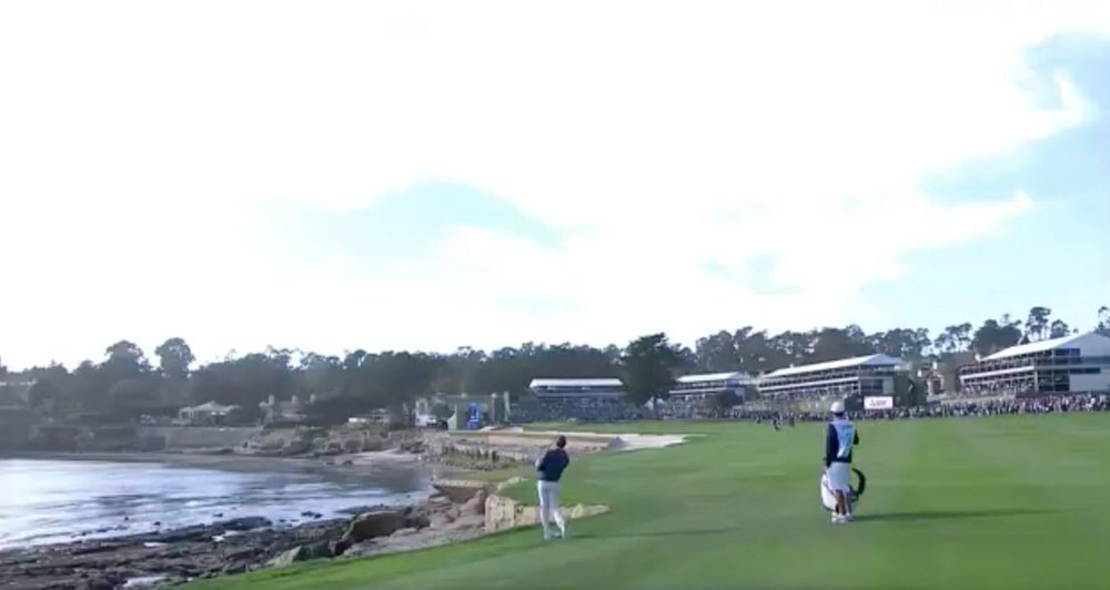 Rory McIlroy almost holed his third at the 18th