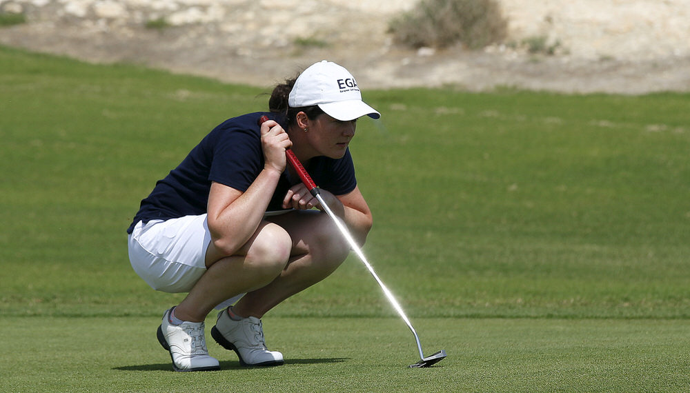 Paula Grant reads a putt in Doha. Picture: EGA