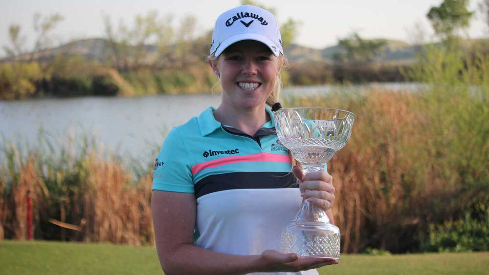 Stephanie Meadow with the trophy