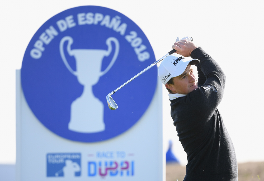 Paul Dunne hits from the 14th tee during day two of the Open de España at tje Centro Nacional de Golf in Madrid, Spain. Photo by Ross Kinnaird/Getty Images
