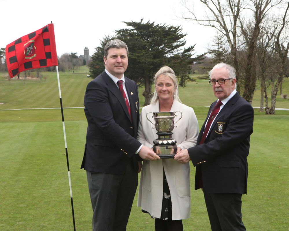 Paddy O'Halloran (Captain), Liz Horgan, (sponsor, Bank of Ireland) and Dr Philip Cullen (President, Castletroy GC) officially launching the 2018 Bank of Ireland Castletroy Senior Scratch Cup.  Picture: Dave Gaynor