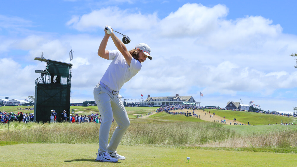 Tommy Fleetwood plays his shot at the ninth tee during the second round of the 2018 U.S. Open at Shinnecock Hills Golf Club in Southampton, N.Y. on Friday, June 15, 2018.  (Copyright USGA/Michael Cohen)