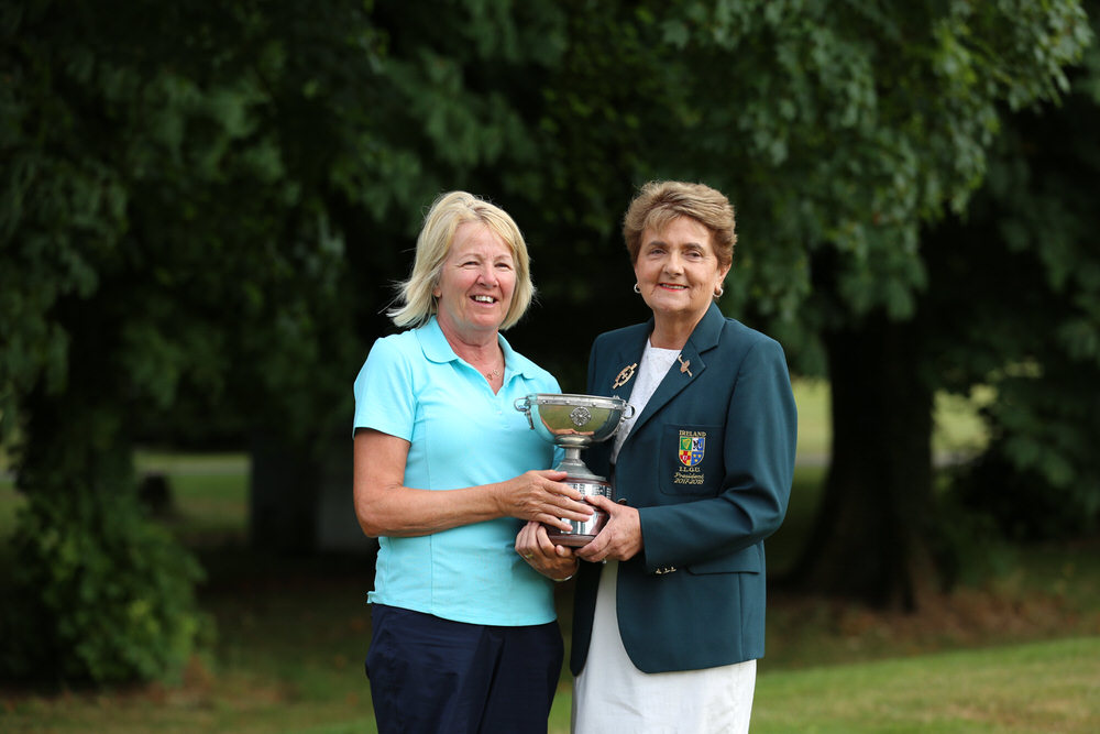 Joan Scanlon (Newcastle West) winner of the Irish Senior Women's Close Plate (Shirley Mac Donald Trophy) with Vonnie Noonan, President of the ILGU at Monkstown Golf Club, Cork