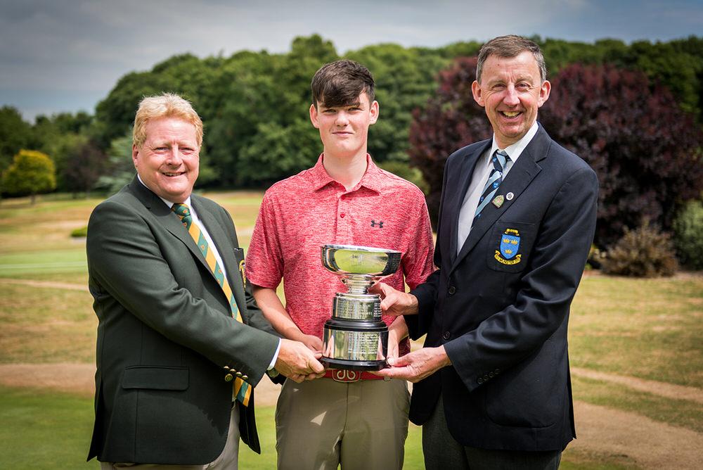 Munster Boys 2018 Winner_3.jpg