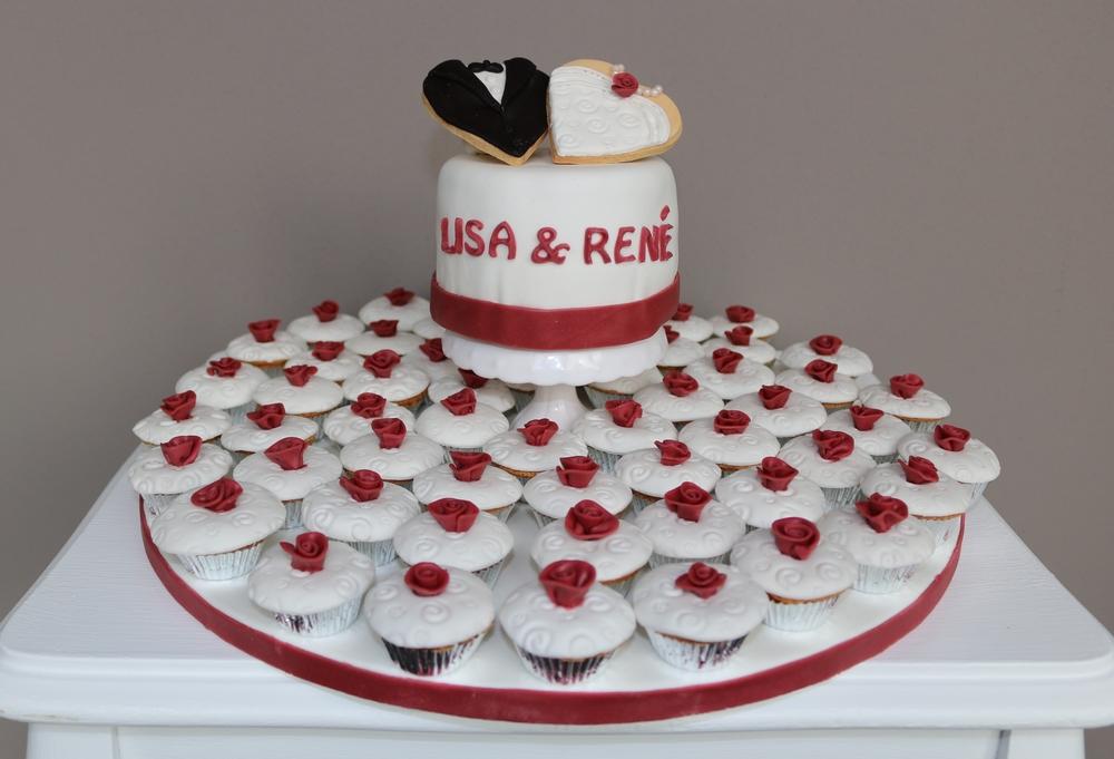 Kleine Hochzeitstorte mit Mini-Muffins — Barbara Aletter ...