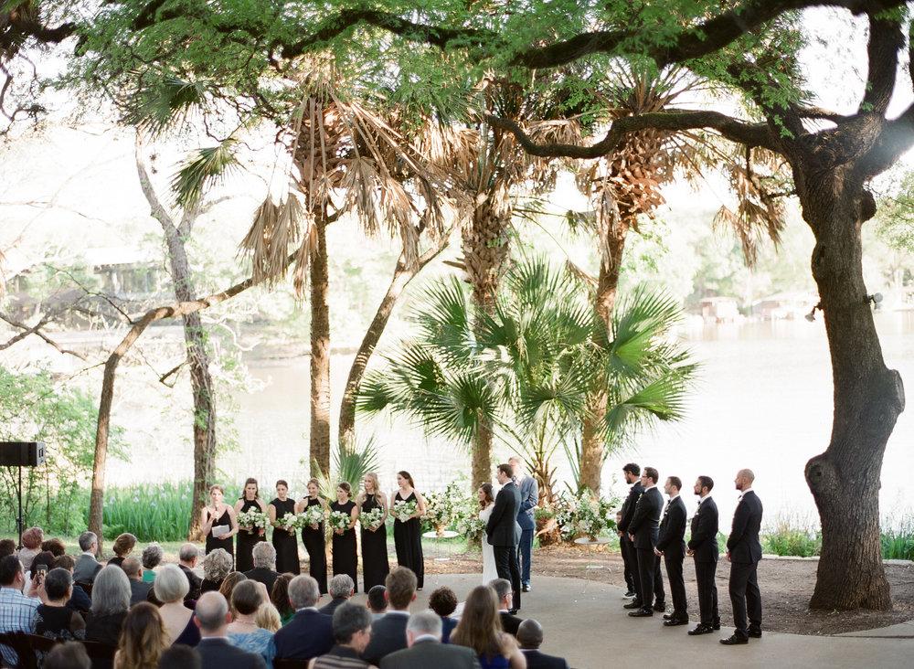 LAGUNA-GLORIA-WEDDING-AUSTIN-MATTHEW-MOORE-PHOTOGRAPHY-00274.jpg