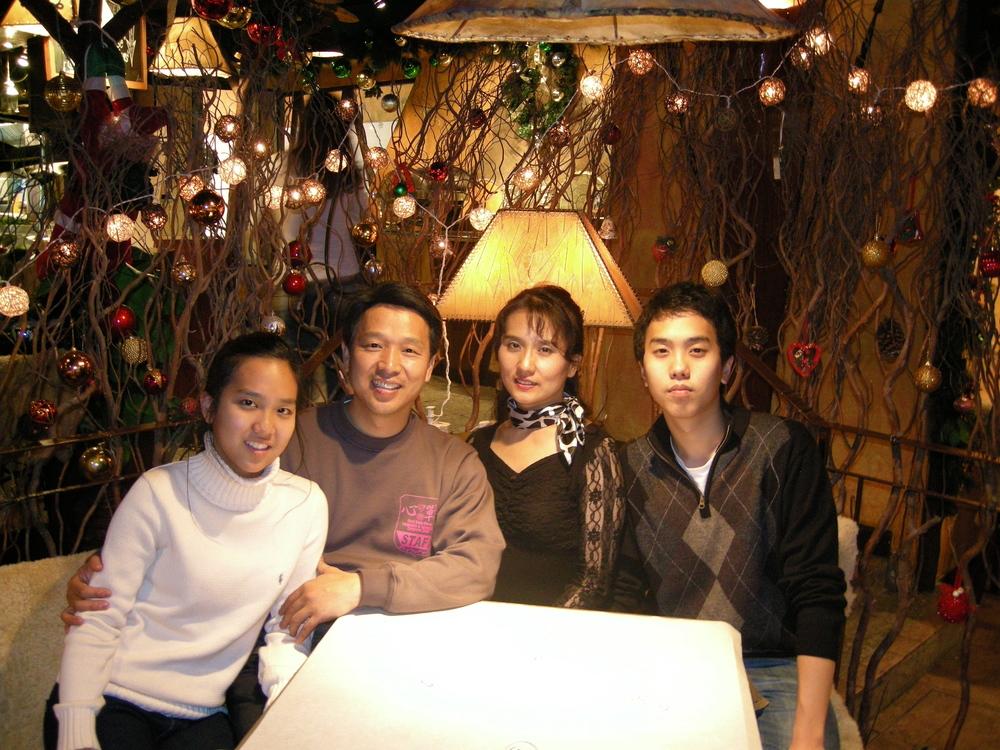 JS Family-2.jpg
