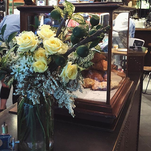 Oh George | early morning drop offs for the gang at @shirtbar 👔🌼 #waitingforgeorge #flora #florist #flowers #shirtbar