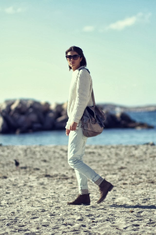 Artyfilles White sweater