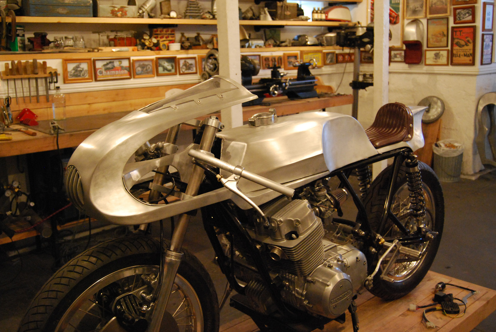 ManualMetal CafeRacer Progress On The CB750 Racer