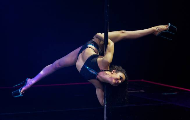 Pole Classic Female 2.jpg