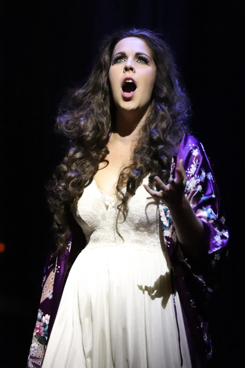 Soprano Amanda Woodbury as Juliette in Hawaii Opera's production of  Roméo et Juliette.  — Photography by David Takagi