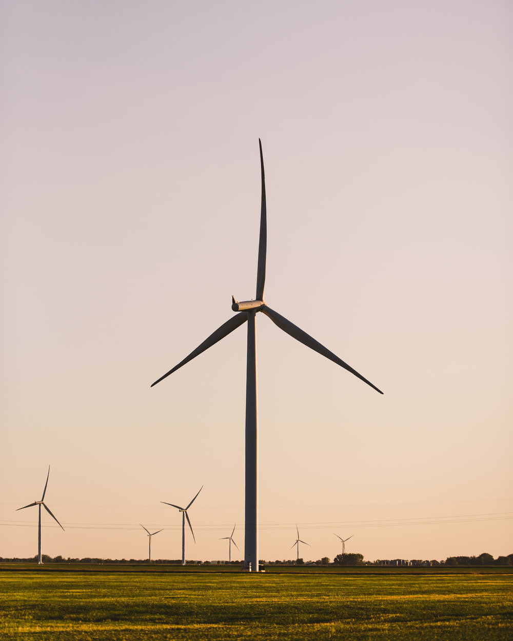 polar-visual-taylor-sheppard-photography-photo-video-motion-design-graphic-wind-turbine-emerson-stonewall-winnipeg-manitoba-farm-nature-landscape.jpg