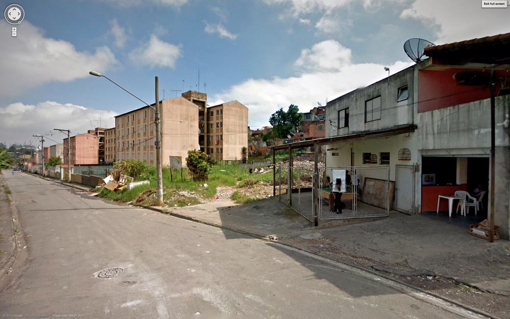 São Mateus housing blocks.