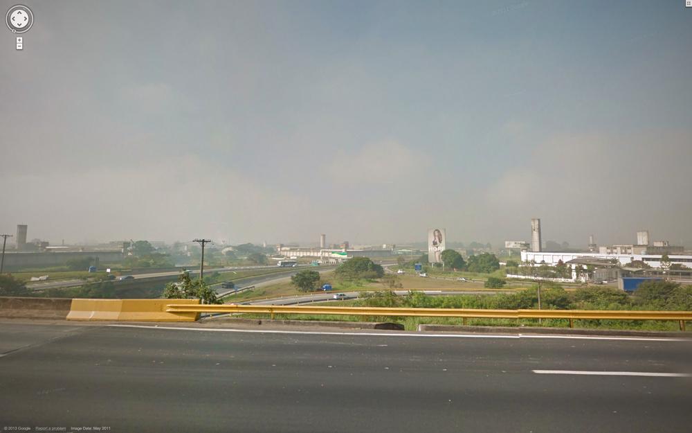 Highway interchange exiting Zezinho Magalhães.