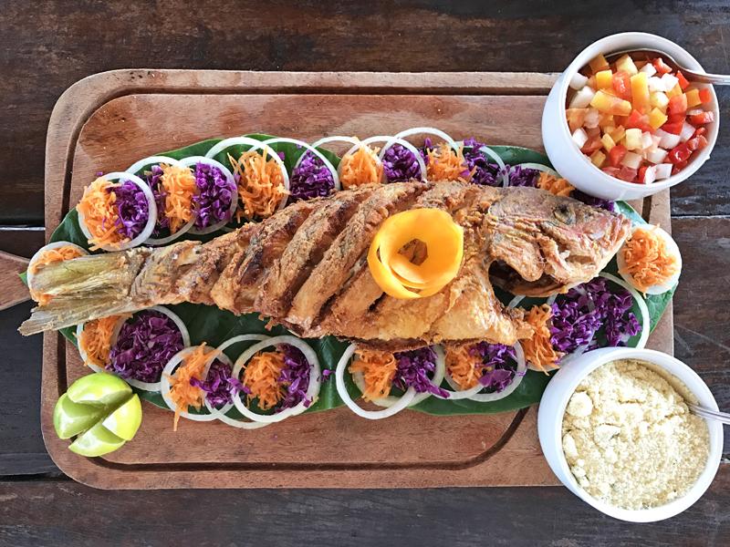 Restaurante Sol do Mutá em:Conheça os encantos da Península de Maraú, na Bahia - VIA MALA DE AVENTURAS