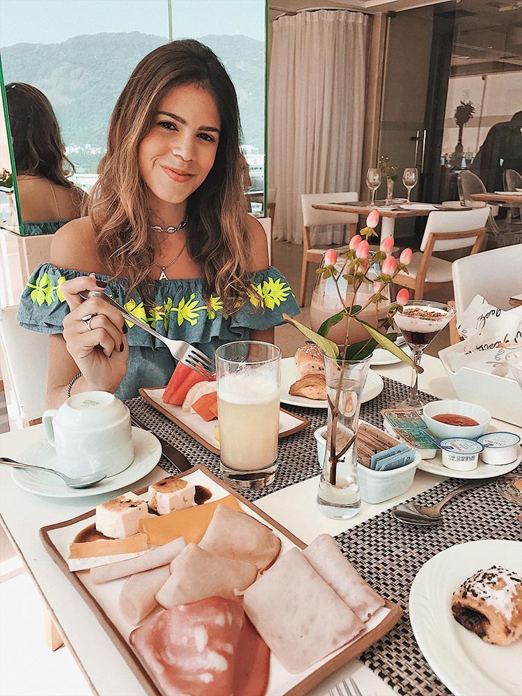 CAFE-DA-MANHA-ESPACO-7ZERO6-PRAIA-IPANEMA-01.jpg