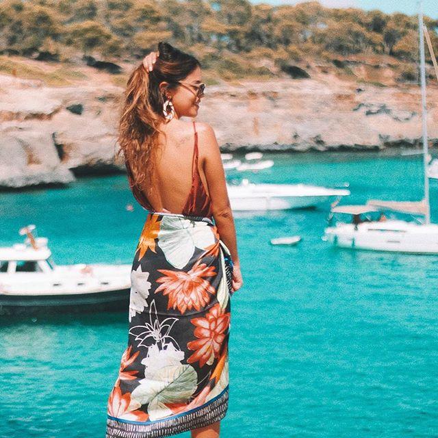 #TBT de um sonho chamado Mallorca 😍🐟✨ tão bom editar vídeos de viagem e lembrar de cada momento da experiência... o primeiro vlog desse destino já tá no meu canal do YouTube junto com outros da Espanha na série #MandzyNaEuropa com várias dicas 👌🏼