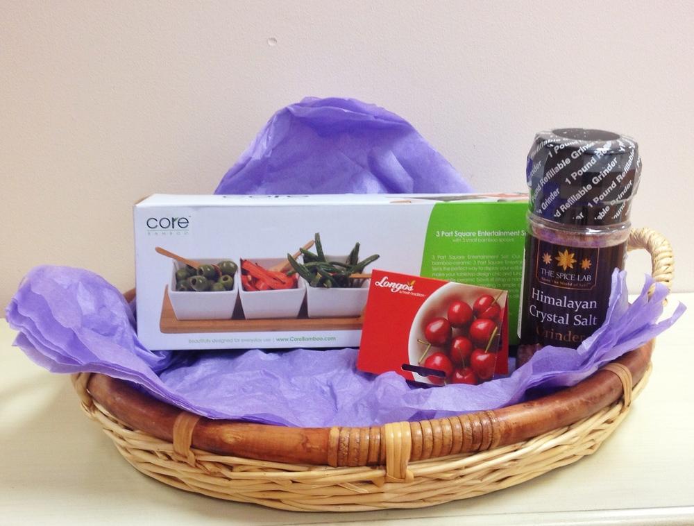 Entertainment Set - Serving dish, Himalayan salt grinder, Longo's gift card $64 value
