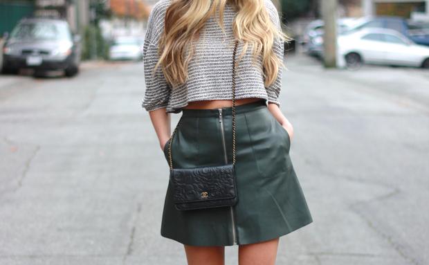 201114_miniskirt_4.jpg