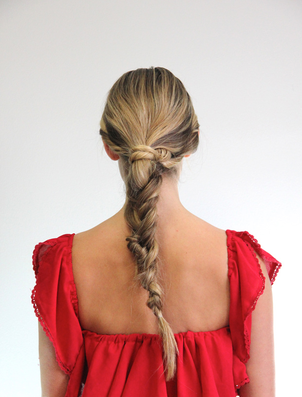 41214_holidayfishtailbraid_10.jpg