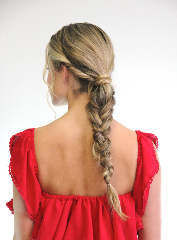 41214_holidayfishtailbraid_14.jpg