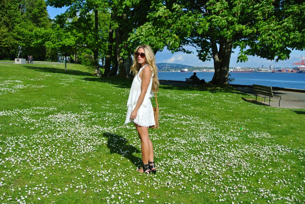 Photos by Rachael Fouchier  Wearing Aritzia Top, Skirt & Bag, Isabel Marant Sandals, Céline Shades