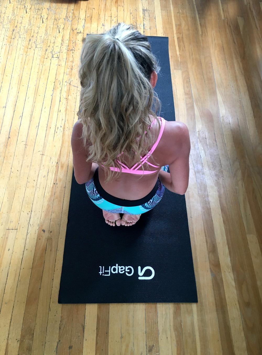 Gap Top, Pants & Yoga Mat