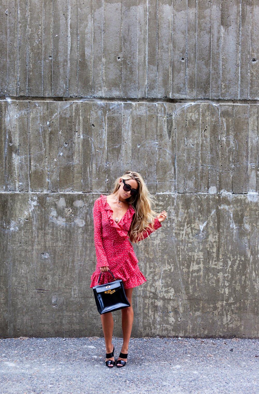 Photography by Allison Kuhl Swarovski Jewels ~Necklace 1, 2, 3, 4 Réalisation Par Dress, Hermes Bag via Rice and Beans Vintage, Céline Shades, Alexander Wang Heels