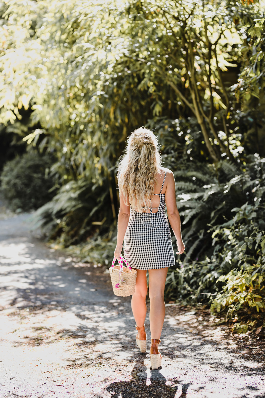 Photos by Allison Kuhl Lulus Dress + Bag #CJxMA Melanie Auld Modern Hoops