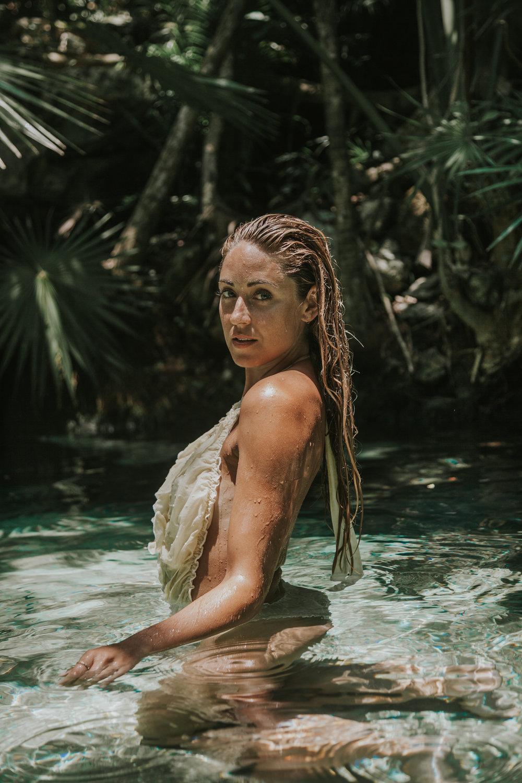 Photos by Paige Owen Faithfull The Brand Bikini | Como Un Pez En El Agua Suit